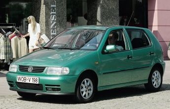 Volkswagen-polo_1994_800x600_wallpaper_01_original
