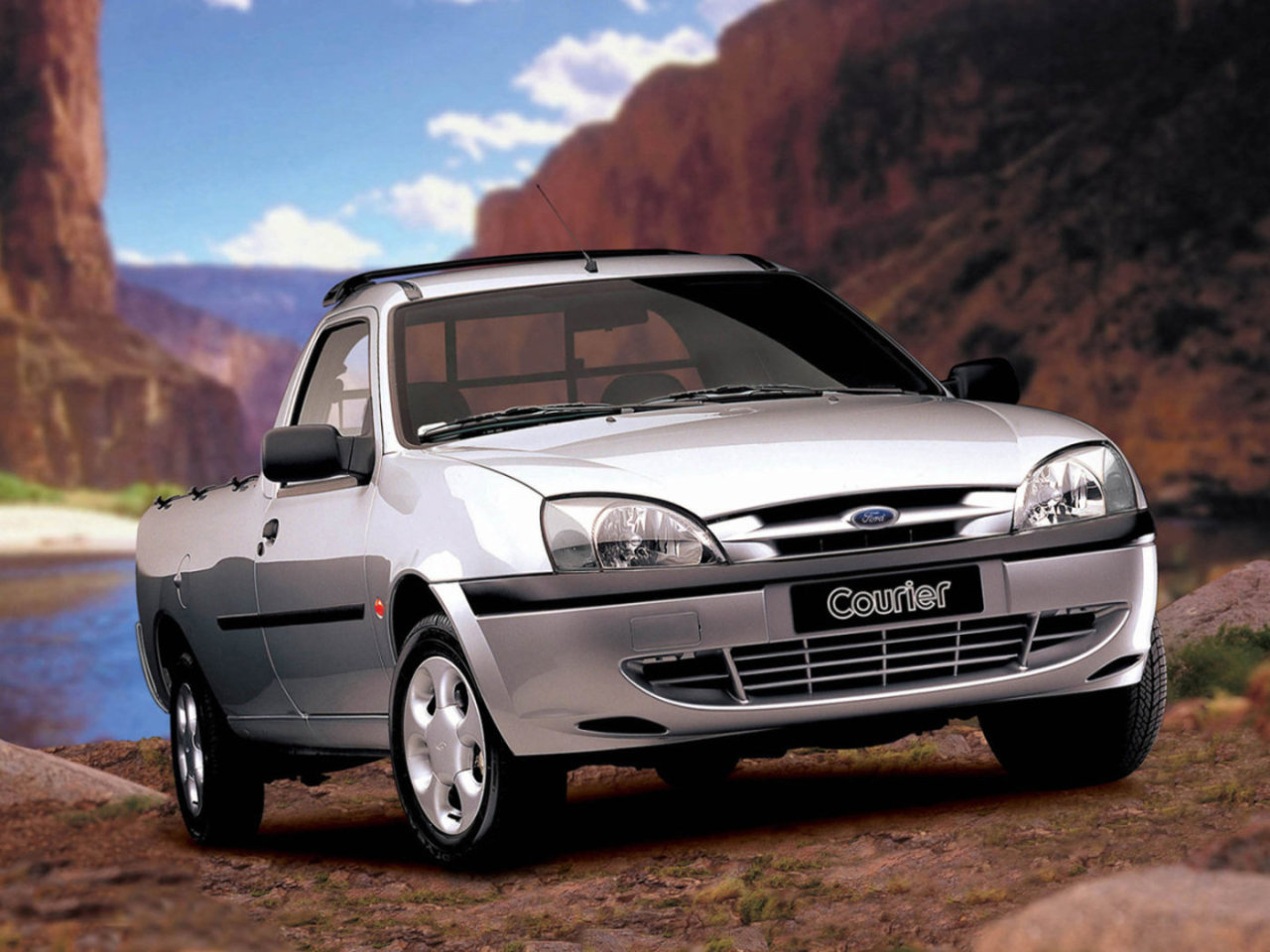 Ford_courier_%d1%84%d1%83%d1%80%d0%b3%d0%be%d0%bd_(jv_)_original