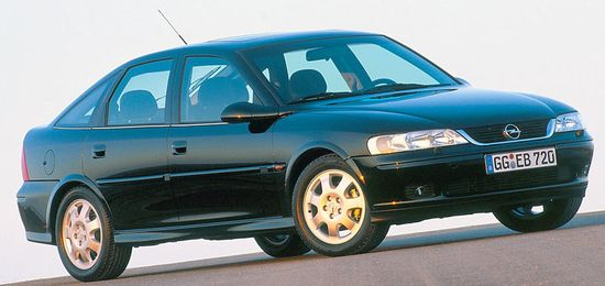 Vectra_hatchback_b_99-02_1_original