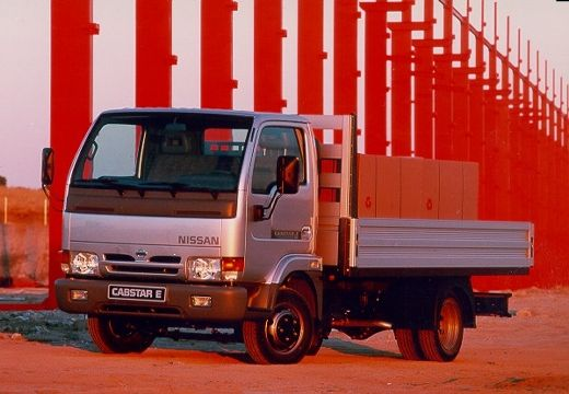 Nissan_cabstar_e-1999_original