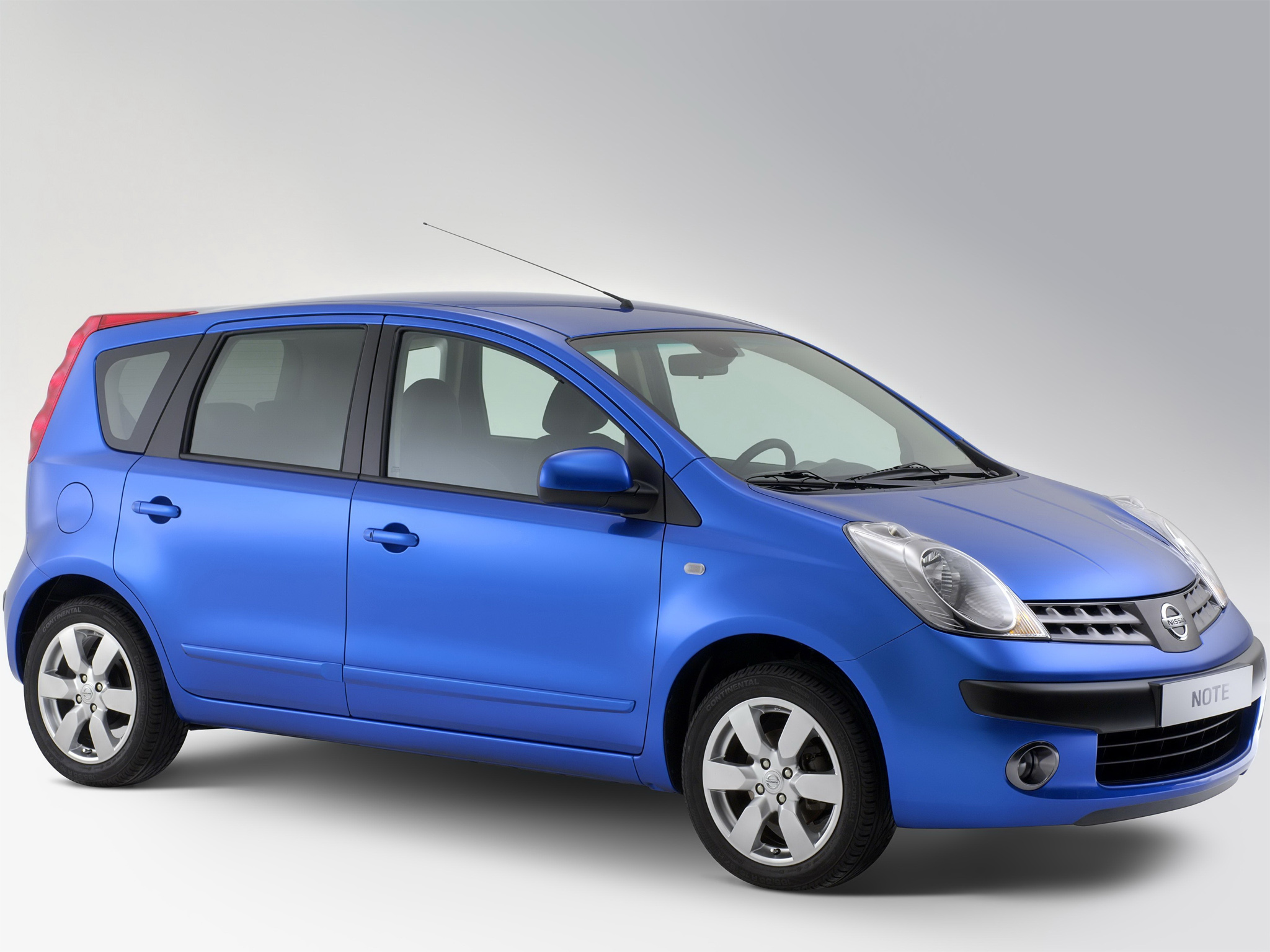 Nissan_note_(e11)_original