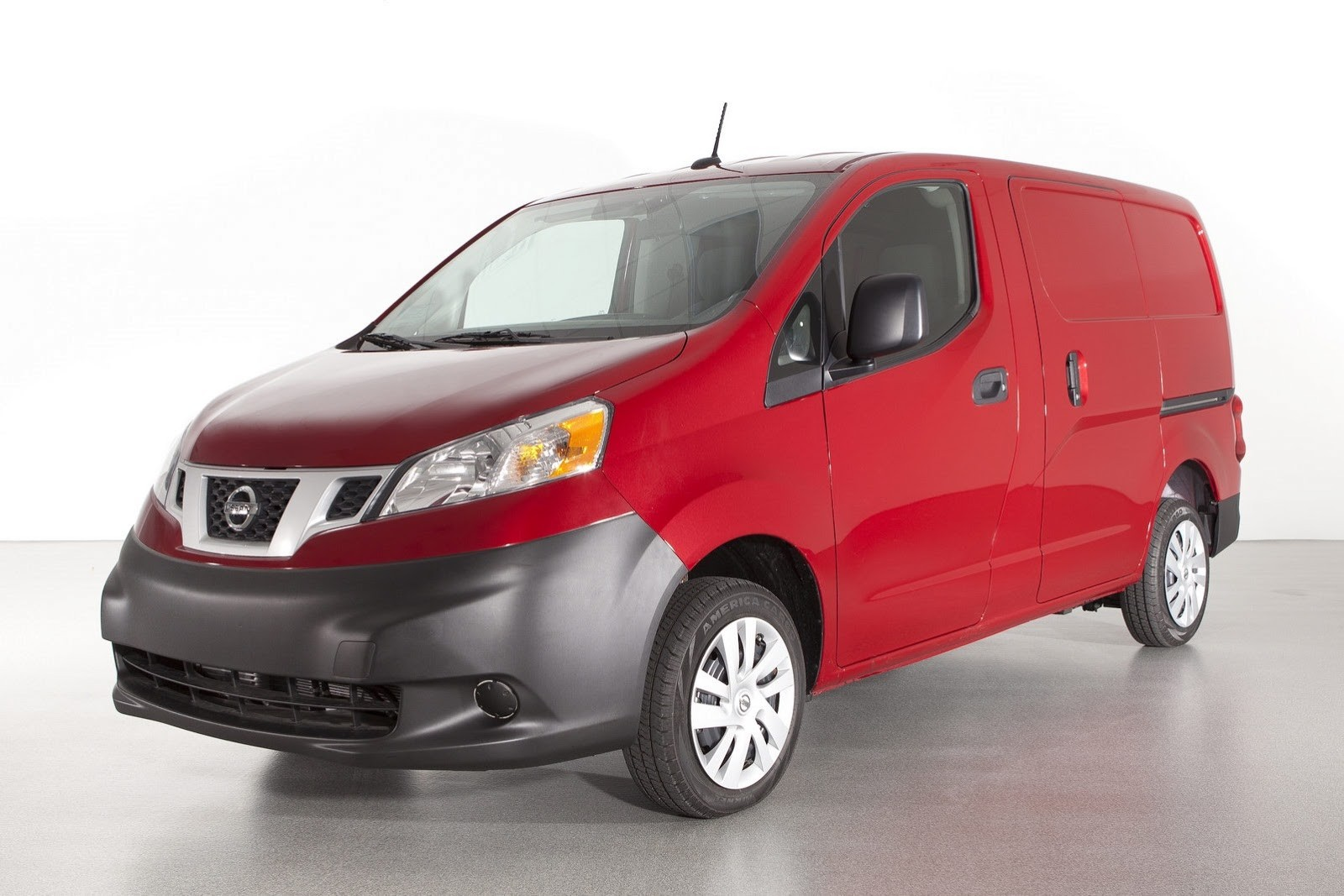 Nissan_nv200_%d1%84%d1%83%d1%80%d0%b3%d0%be%d0%bd_original