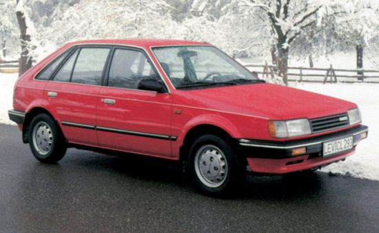 Mazda_323_hatchback_5_door_1985_original