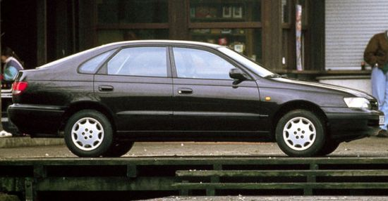 Toyota_carina_e_hatchback_5_door_1992_original